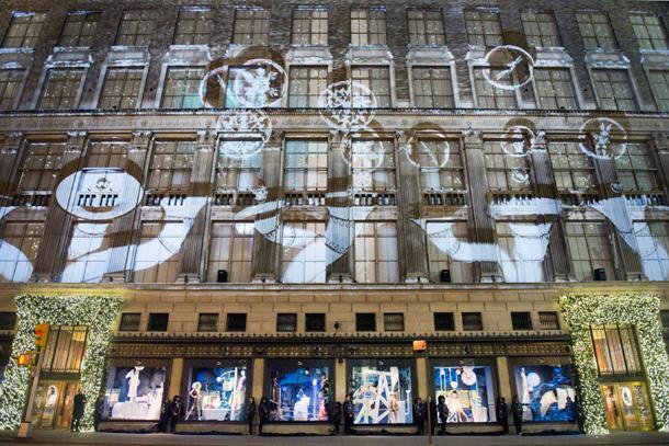 New-York_Christmas-Windows_yellowtrace_01