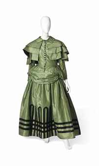 a_stage_costume_by_jeanne_lanvin_1922-3_in_the_style_of_the_1850s_d5626376h