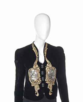 an_elsa_schiaparelli_black_velvet_evening_jacket_1939_d5626389h