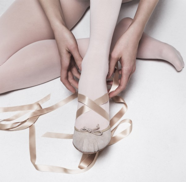 aquazzura/CR Fashion Book : Fantasy Footwork