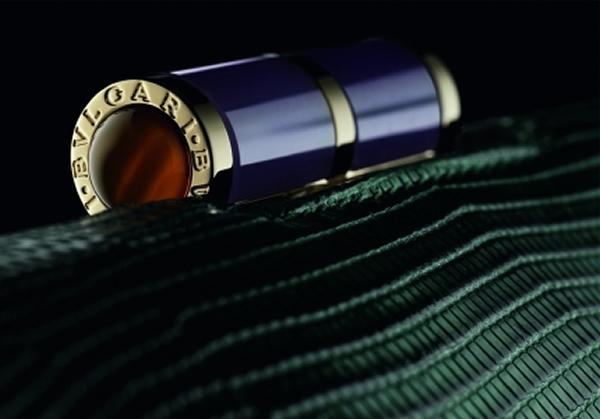 bulgari-lipstick-clutch