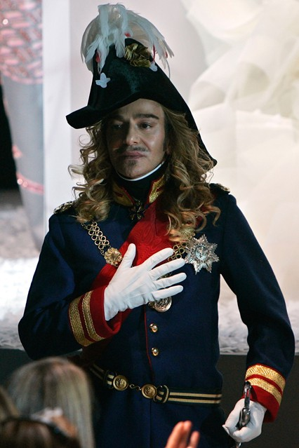 John Galliano : An Illustrated Guide