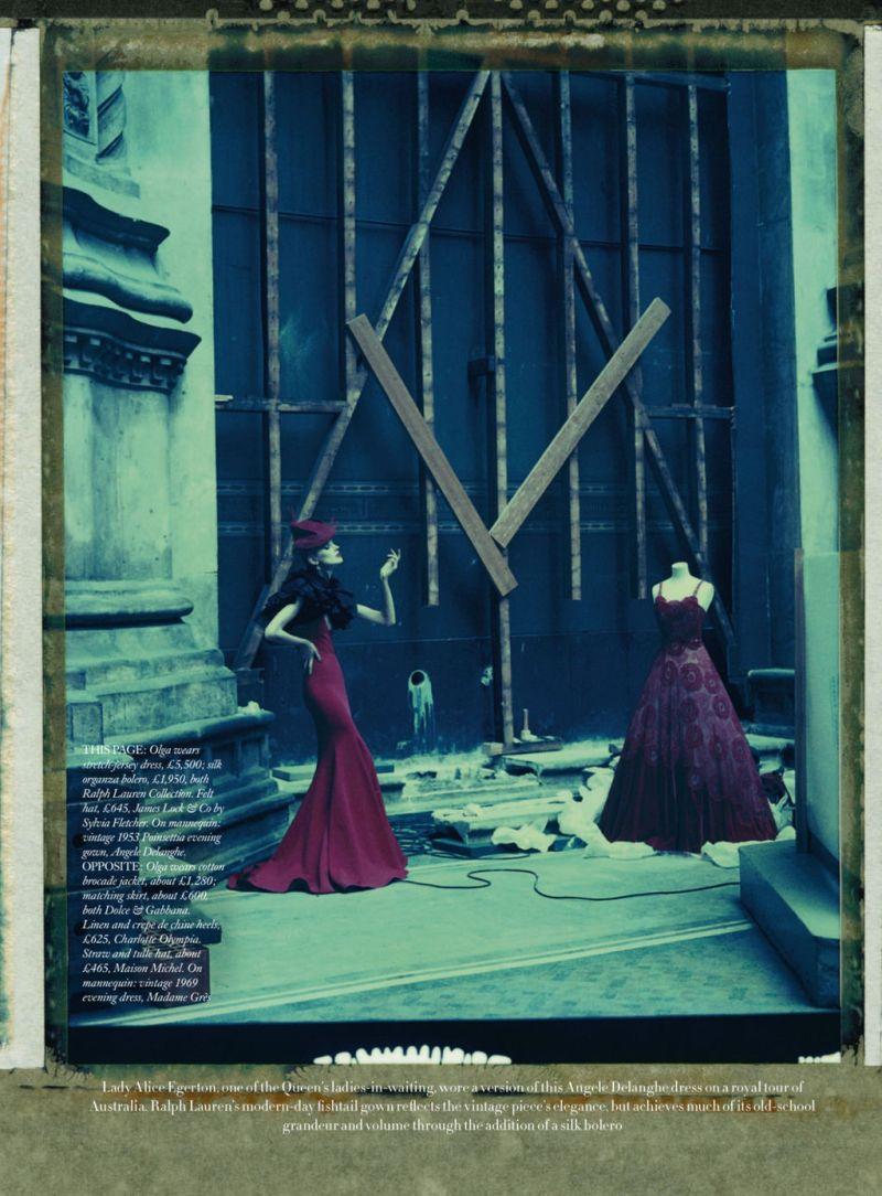 Harper's Bazaar UK : A Story Of 12 Gowns