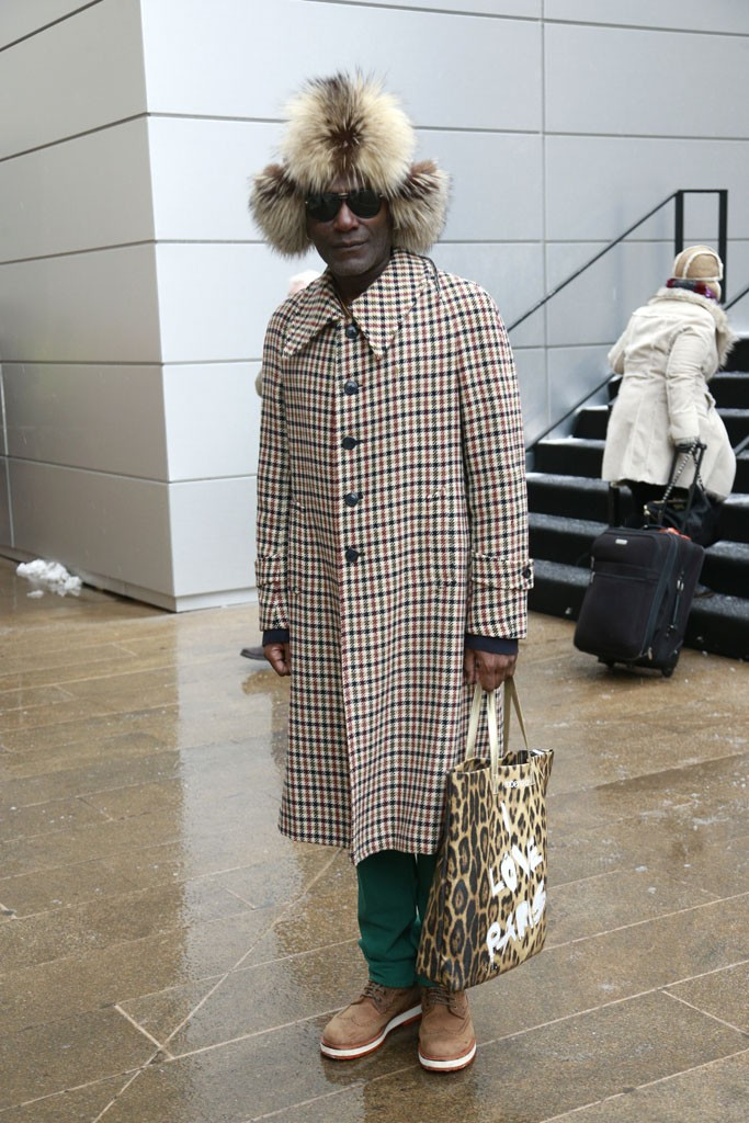 tNew York Fashion Week February 2013 Street Style