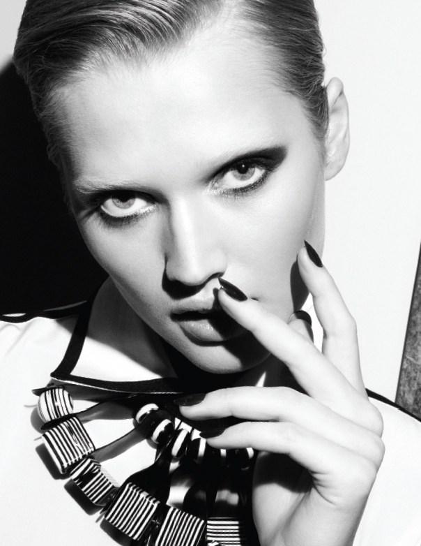 Toni-Garrn-Vogue-Mexico3