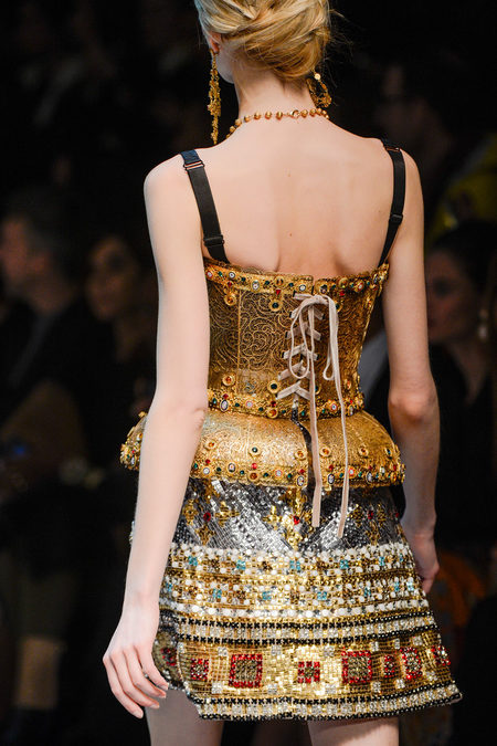 details at dolce & gabbana fall 2013