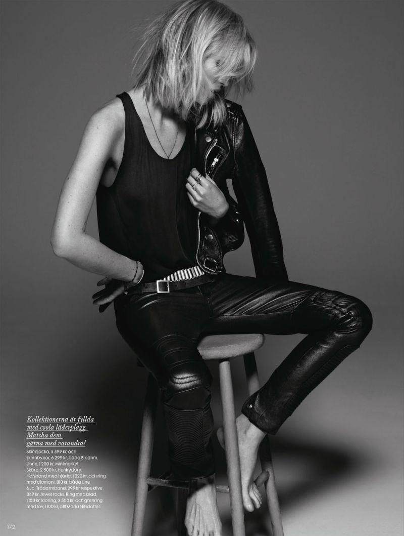Caroline Winberg by John Scarisbrick for Elle Sweden April 2013-1