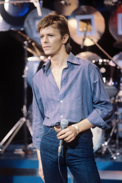 david bowie exhibition at victoria and albert museum-26