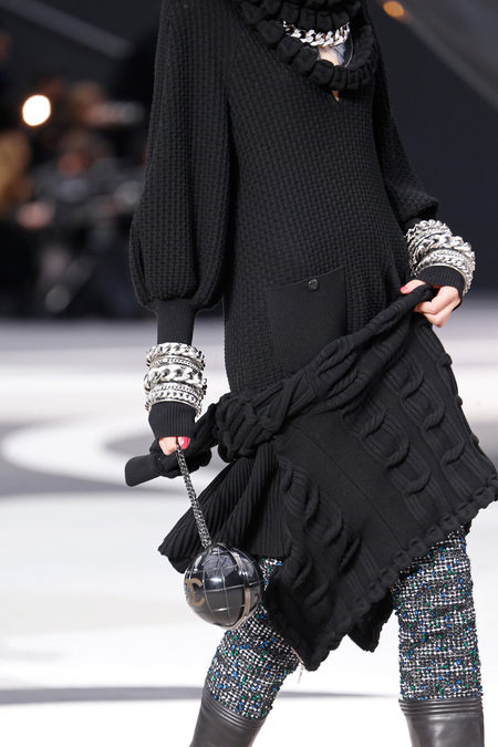 details at chanel fall 2013-25