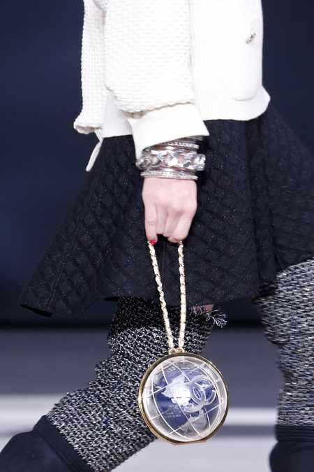 details at chanel fall 2013-26