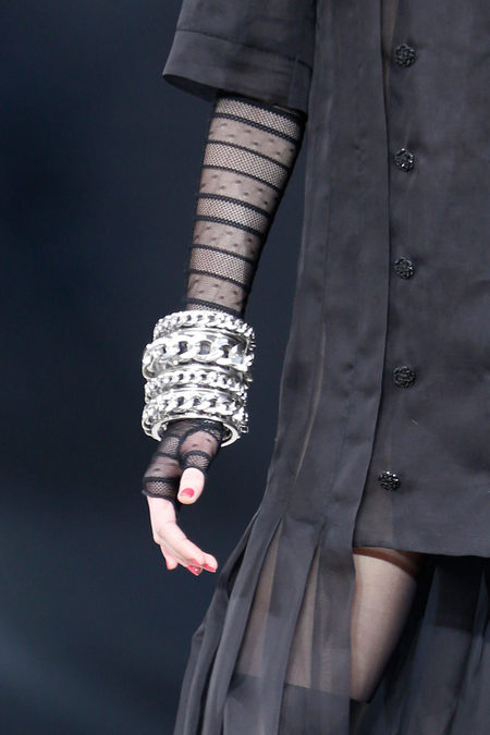 details at chanel fall 2013-35