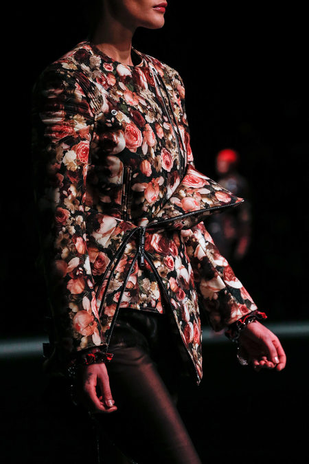 details at givenchy fall 2013-6