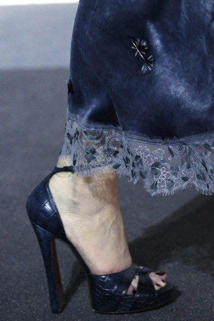 details at louis vuitton fall 2013-110