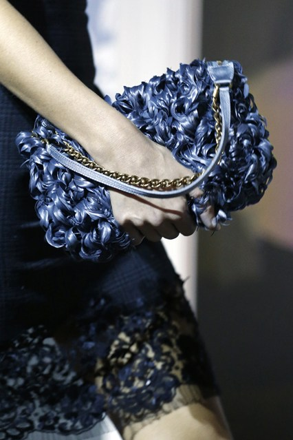 details at louis vuitton fall 2013-12