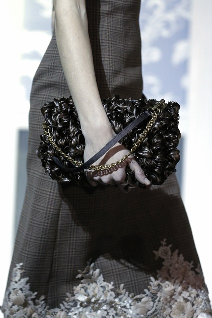 details at louis vuitton fall 2013-13