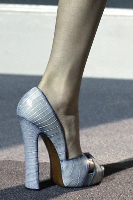 details at louis vuitton fall 2013-15