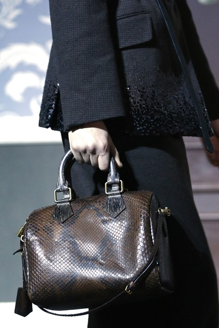 details at louis vuitton fall 2013-7