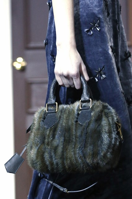 details at louis vuitton fall 2013-9