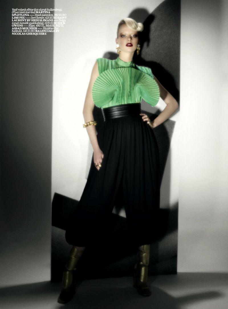 Elza Luijendijk by Val & Musso for Vogue Turkey March 2013-5