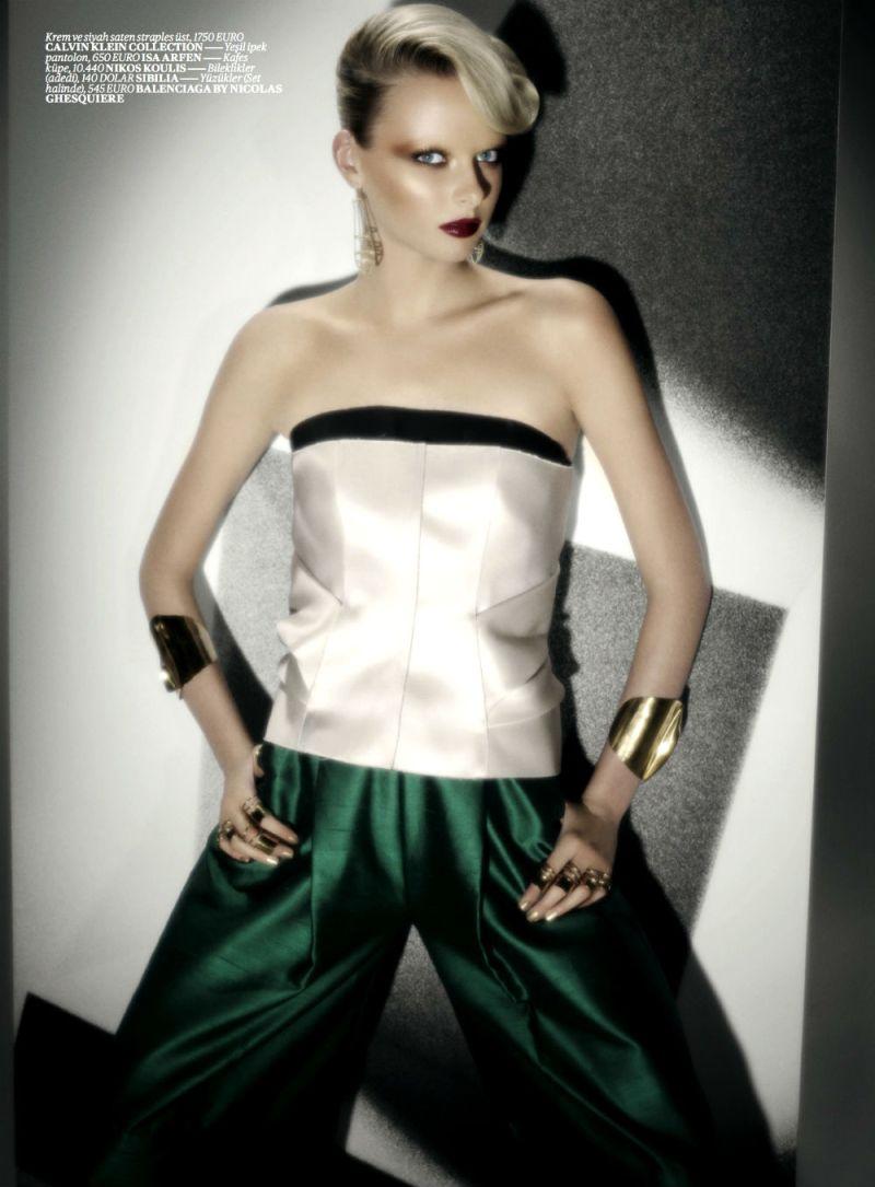 Elza Luijendijk by Val & Musso for Vogue Turkey March 2013-8