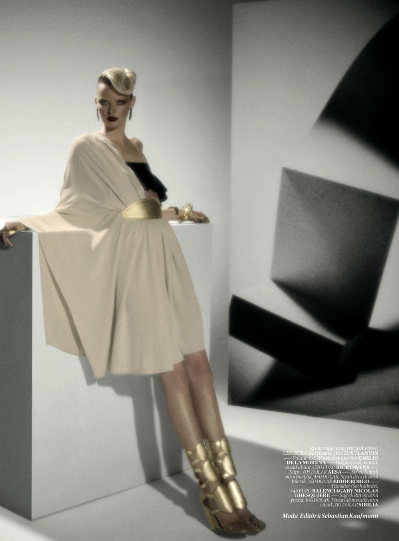 Elza Luijendijk by Val & Musso for Vogue Turkey March 2013