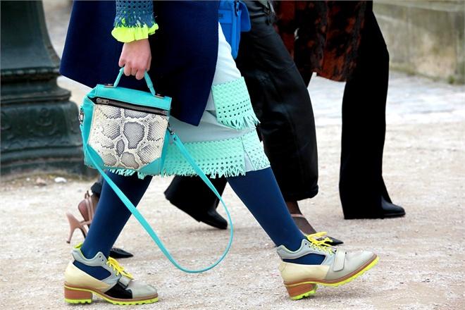 street style at paris fashion week fall 2013-9