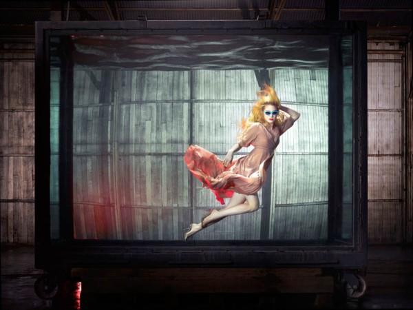 Vogue Italia - Underwater -2
