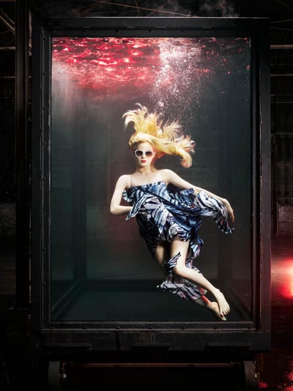 Vogue Italia - Underwater -3