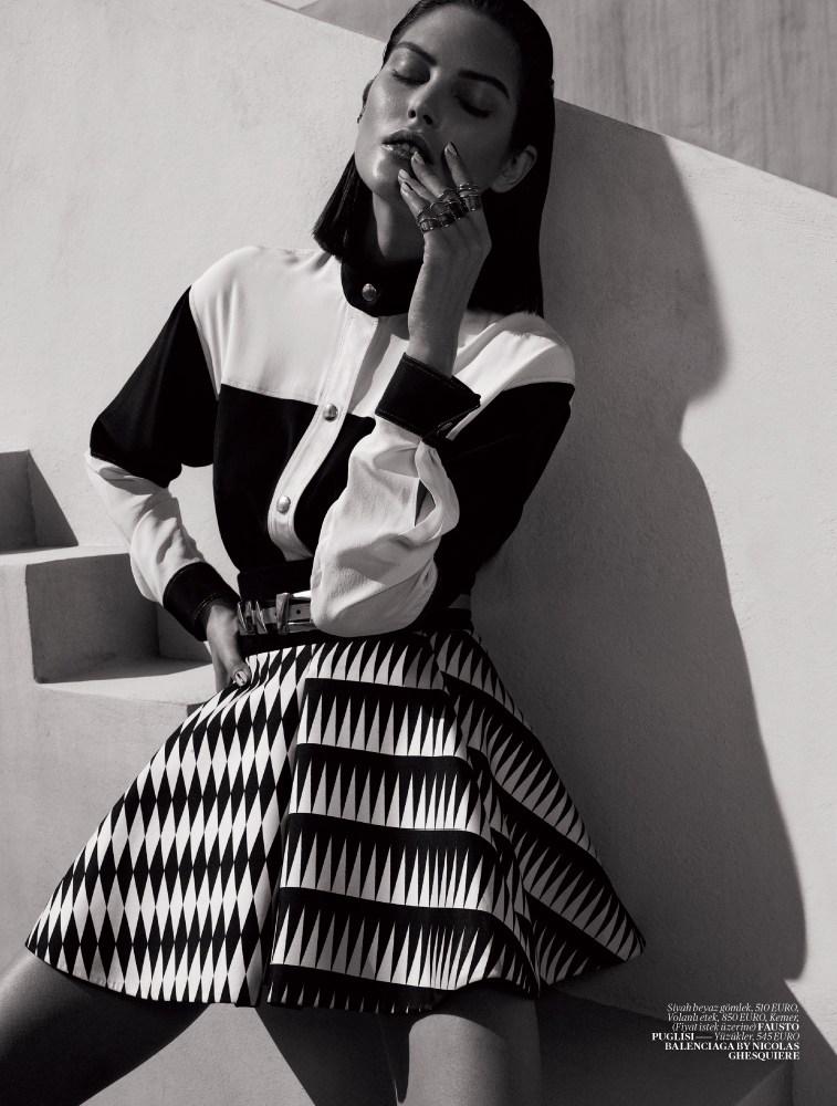 Vogue Turkey - Black And White-2