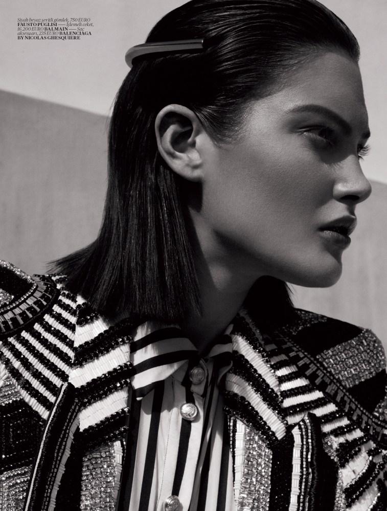 Vogue turkey black and white 3