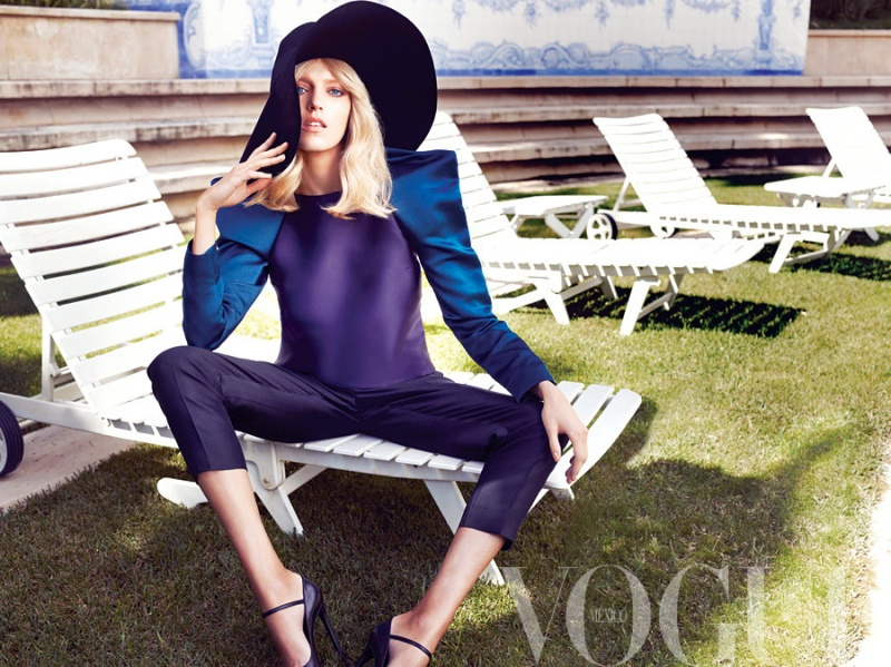 Anja Rubik by Marcin Tyszka for Vogue Mexico May 2013