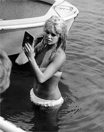 Brigitte Bardot, 1961  Lake Leman, 1961 © Getty Images