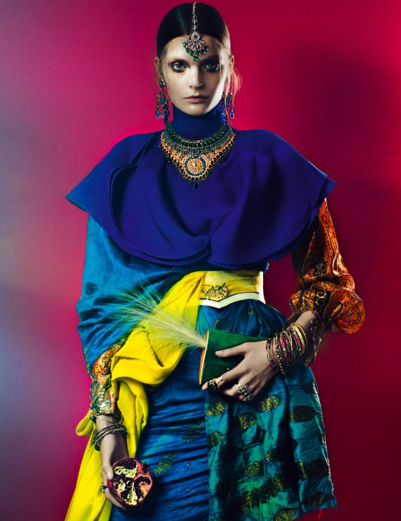 French Revue de Modes : India Song