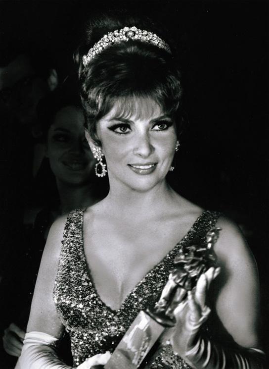 Gina Lollobrigida , Jewels Auction