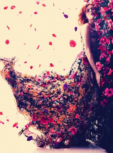 Harper's Bazaar UK : La Vie En Rose