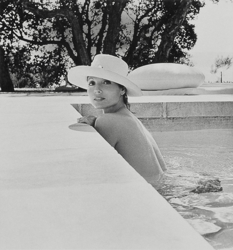 Italian furniture designer Elsa Martinelli at her house in Saint Tropez in 1975, photographed by Leombruno-Bodi.