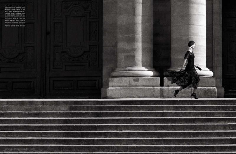 Vogue Italia : A Moment In Paris