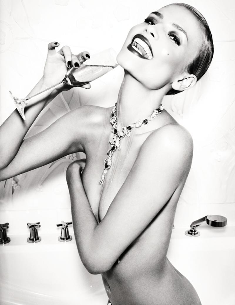 Natasha Poly by Ellen Von Unwerth fo Vogue Russia May 2013