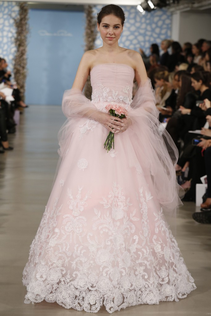 Oscar De La Renta Bridal Spring 2014 Photo By John Aquino 17 The