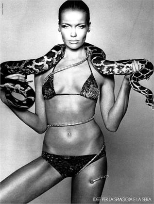 Photo by Gianpaolo Barbieri 1975 Swimsuit Faber Vogue Italia, giugno 1975