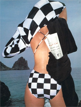Photo by Hiro 1983 Swimsuit Gianni Versace Vogue Italia, Jun 1983