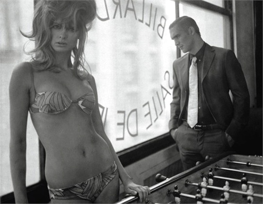 Photo by Paolo Roversi 2004 Vogue Italia, July 2004