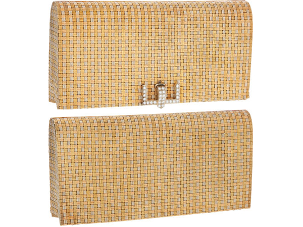 Tiffany & Co Stunning 18K Yellow Gold, White Gold & Rose Gold Minaudiere Evening Bag with 1.96 Total Ct Diamond Clasp This stunning evening bag is crafted of woven sections of 18 karat white gold, rose gold, and yellow gold.