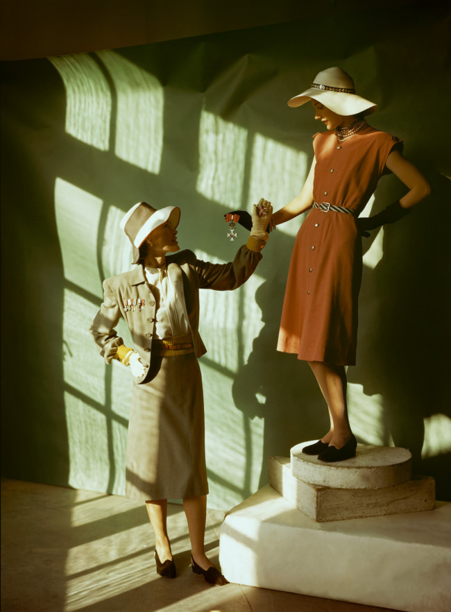 Two models wear the fashions of spring 1945.