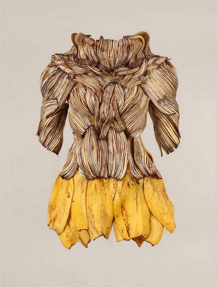 Wearable Foods By Korean Artist Yeonju Sung Banana