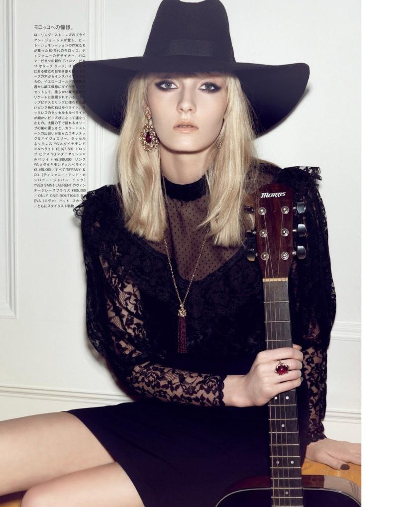 Alexa Yudina by Henrique Gendre for Vogue Japan July 2013