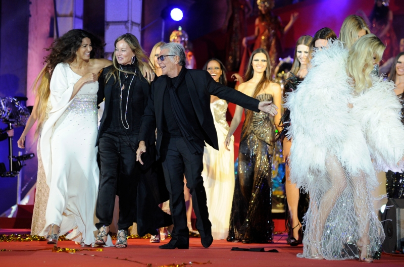 Eva and Roberto Cavalli ,Vienna on May 25, 2013. The Life Ball is a charity gala to raise money for people living with HIV and AIDS.        (Photo credit:  SAMUEL KUBANI/AFP/Getty Images)