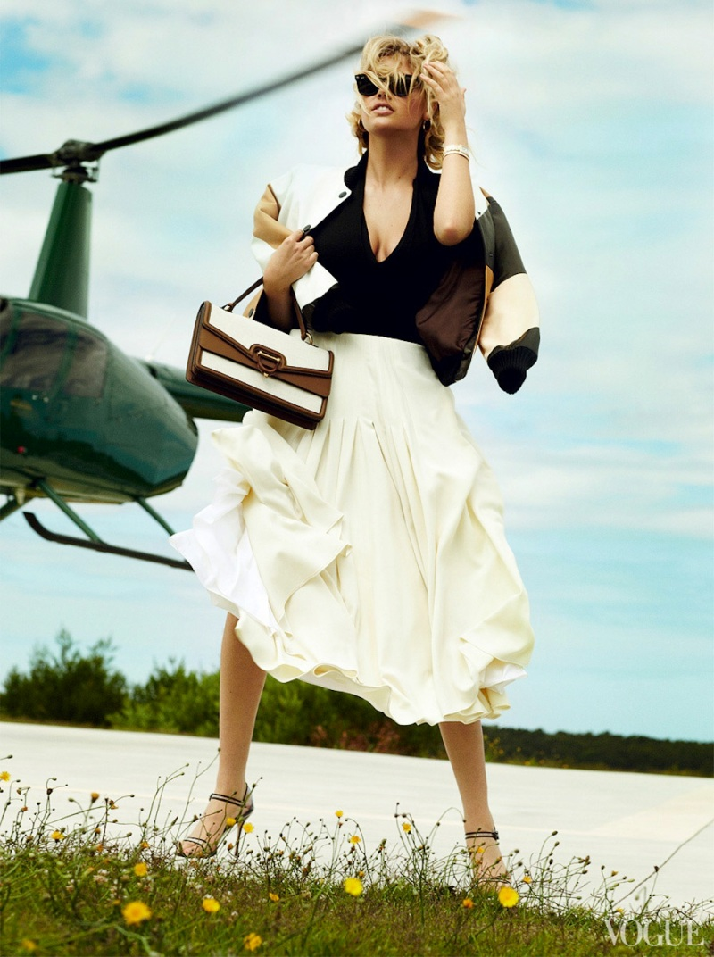 kate upton by mario testino for vogue us june 2013kate upton by mario testino for vogue us june 2013