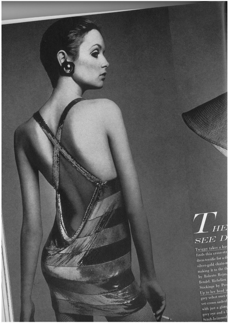 Twiggy by Richard Avedon for Vogue US July 1967