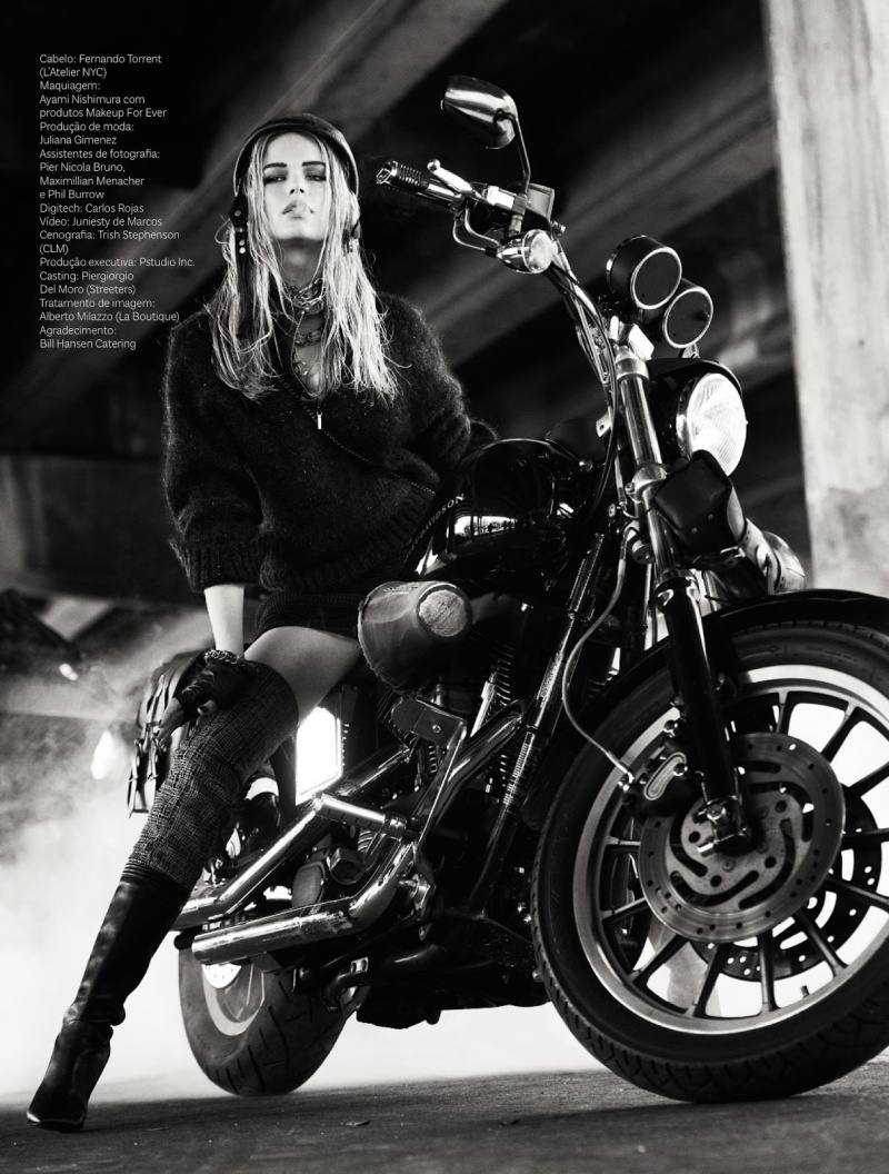 Anna Luisa Ewers by Mariano Vivanco for  Vogue Brazil July 2013